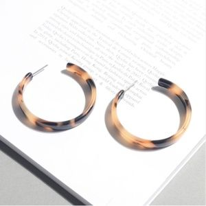 Tortoise Acrylic Statement Hoop Earrings